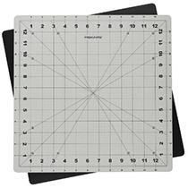 fiskars-14x14-cutting-mat
