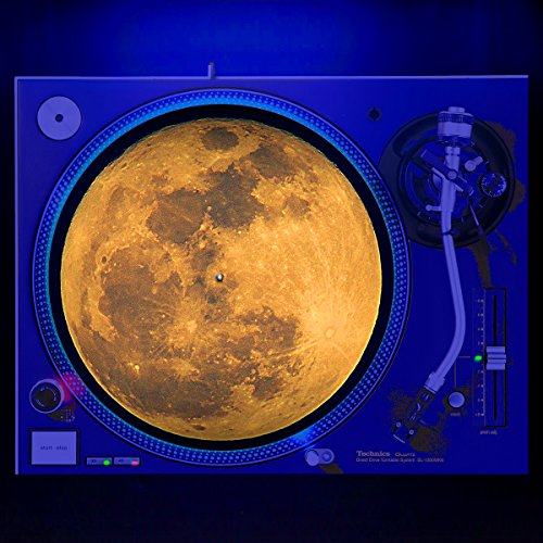 Full Moon - Turntable Slipmat 12' DJ GLOW SERIES (glows under black light)