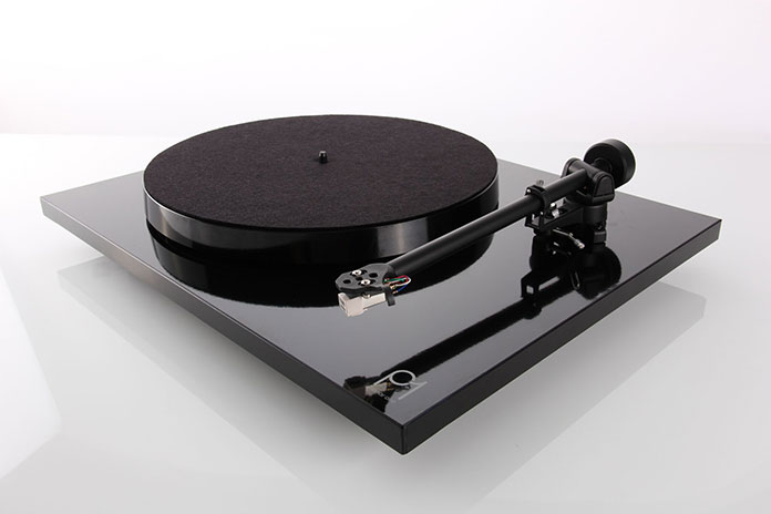 The Best Budget Turntable – Ultimate Guide