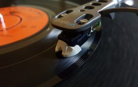 vinyl-sounds-better-than-cd