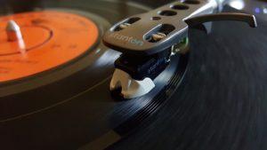 vinyl-sounds-better-than-cd