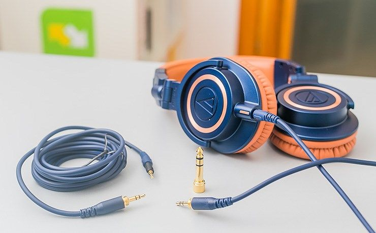 Audio-Technica-ATH-M50X-cables