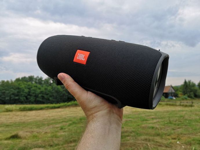 JBL-Extreme-comparision-test