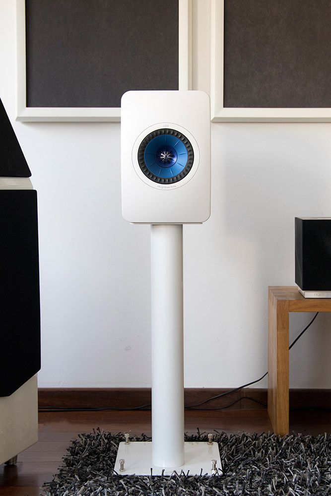 KEF-LS50-with-norstone-stylum-2