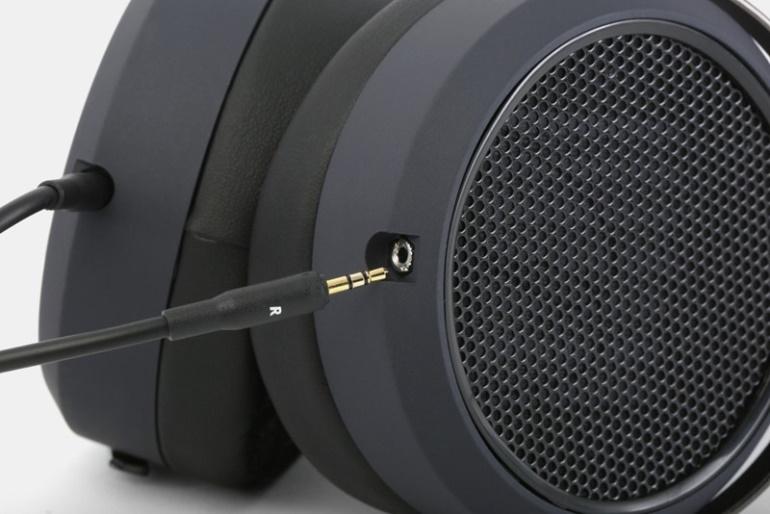 HiFiMan HE4XX ear shells connection